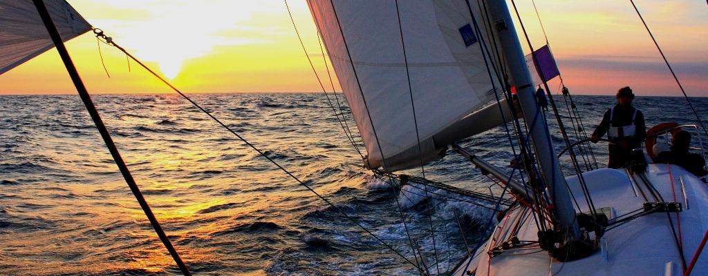 convoyage de particuliers et professionnels du nautisme.jpg