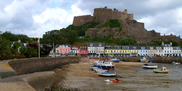 Attention: c'est le Mont Orgueil Castle ? Jersey
